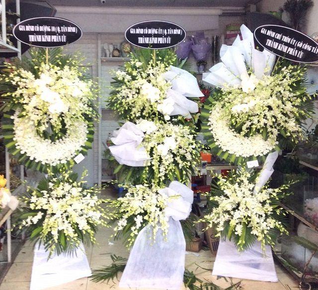 ke hoa tang lễ
