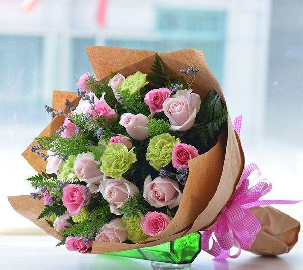 bo hoa cam chuong va hoa hong